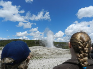 picture of old faithful